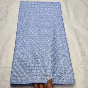 New African Hommes dentelle coton Tissus de haute qualité Nigerian Polonais Dentelle Tissu Bleu Ciel Blanc Suisse Voile Dentelle pour les hommes et les femmes