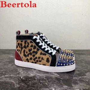 Beertola New Casual Shoes Leopard cabeça do teste padrão Studded Spikes de várias cores, Lazer Flats sapatos masculinos de Patchwork Zapatos Hombre