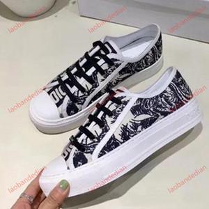 Dior shoes Novo design da sapatilha Chaussures cestas Casual modo Sport Chaussures Bottes en cuir de haute qualité Sandales Air Vintage Pour Femme shoe0 par