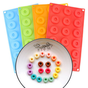 18-Cavity 4cm Mini Chocolate Donut Silicone Mold Silicone Mould Biscuit Cake Molds Bakeware Donut Dessert Baking Pan