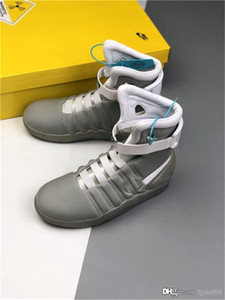 Chaussures Air Mag automatique Laces Marty LED Casual Shoes Back To The Future Glow In The Dark Gris Noir Mag Marty McFlys Sneakers Chaussures avec la boîte