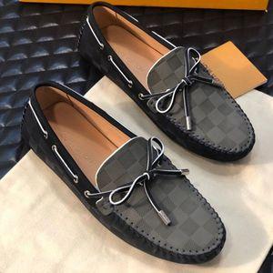 2020 yeni moda erkek gündelik shoess eğitim spor kaykay ayakkabı yüksek kaliteli deri Düz resmi ayakkabı Peas baskı ayakkabı elbise