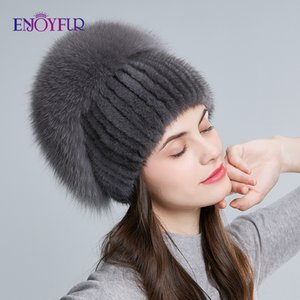 ENJOYFUR Winterfrauen echte Hüte Hand natürliche genäht mit Top-flauschigen Pelzmützen und weise Rhinestone stieg Beanies