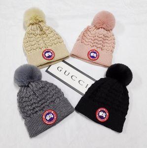 100٪ من الصوف الفراء ريال بيني الشتاء قبعات ليوبارد القبعات النسائية الأوروبية كاب الجمجمة في المرأة