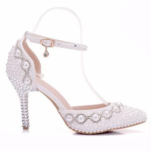 Le plus récent chaussures de mariage blanc perle 3.5inch vente talon 3.7inch usine main femme chaussures blanc magnifique boucle perles beige bridemaid chaussures