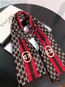 Yeni Oturum Örme yün Sonbahar ve kış Erkekler ve kadınlar Tasarımcı Şal lüks eşarplar; 1lGg Eşarp 1l