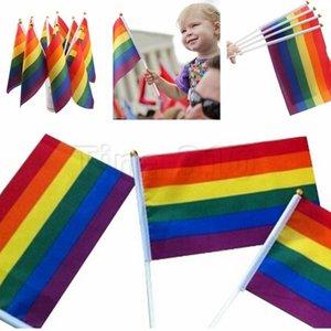 Нового Полиэстер Радуга флаг 14x21cm Малого размера Гомосексуализм Цвет Stripes Ручной Флаги партия Парад Празднование Статья Баннер Флаги 4741