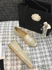 HOT Frauen-Fischer-Schuh-Klassiker Lingge Loafers Straw Woven-Strand-Schuhe Luxus-Segeltuch Sports Designer Freizeitschuhe Fashion Show Wome