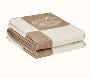Mezcla de lanas manta de lana suave bufanda caliente portátil de tela escocesa de dibujos animados poco Mantas del caballo del patrón de la cama manta de lana de punto Azul Rosa