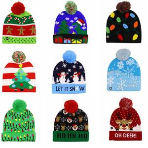 LED de Noël Chapeau d'hiver chaud Bonnet chandail tricoté Light Up Hat Nouvel An Noël lumineux clignotant Knitting Crochet Chapeaux IIA438