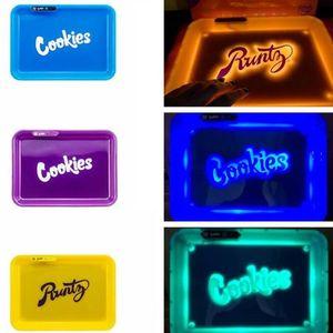 Bandeja Brilho LED recarregável cookies Califórnia Skittles estrangeiro Labs Destaque AHE700 seco Herb tabaco de enrolar de armazenamento Titular Controle de voz