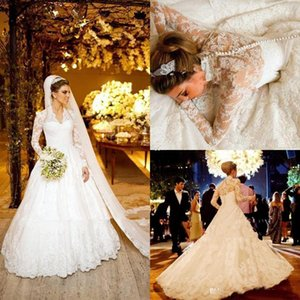 White Vintage Long Sleeves Wedding Dresses For Winter V-Neck Lace Applique Bridal Gowns Back Covered Button Sweep Train Custom W