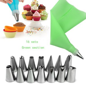 16Pcs Set Silicone Kitchen Accessories Icing Piping Cream Pastry Bag 6 Stainless Steel Nozzle Set DIY Cake Decorating Tips Set 1