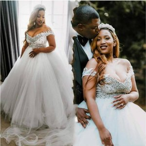 Plus Size Ivory Wedding Dresses Off The Shoulder Appliques Lace Beaded Pearls Country Bridal Gowns Back Lace-up Tulle Vestidos de novia