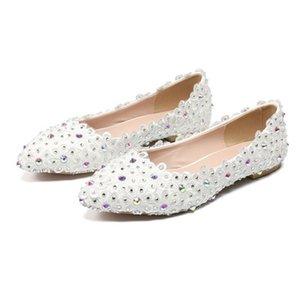 BaoYaFang 1cm Low Heel Mode Schuhe Frau Spitzschuh weiße Blumen-Hochzeitsschuhe Kristall Performance-Frauen-Partei