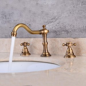 Basin Faucet European Antique Brass 3 Holes Double Handle Bathroom Sink Faucet Luxury Bathbasin Bathtub Taps Hot Cold Mixer Taps