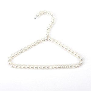 Beautiful 20cm Pearl Kid Baby Pet Dog Clothes Hanger Plastic White Hangers For Clothing Shop&Home Laundry Product AAF2026