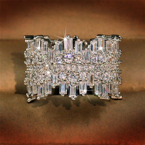 Sparkling Luxury Jewelry Top Sell 925 Sterling Silver Full Princess Cut White Topaz CZ Diamond Gemstones Party Women Band Band Ring Regalo