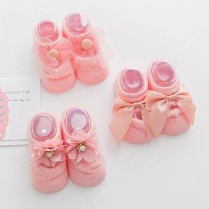 3 paires / lot dentelle de coton pour bébés filles Chaussettes Newborns Princesse cadeaux d'anniversaire pour Vêtements bébé offres Tout-petit Anti-Slip