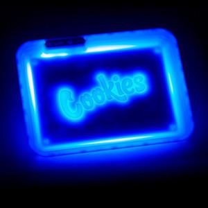 ile DHL Çerezler Glow Tepsi LED Işıklar Rolling Tepsi 278mm * 208mm Parlayan Işıklı 420 Kuru Ot Tütün Depolama Tepsi Tutucu