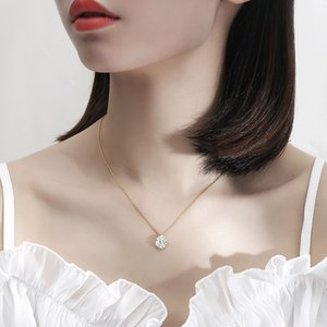 designer necklace 925 sterling silver Clavicle chain Suitable for Social gathering party Charm jewelry Small fresh chrysanthemum shape