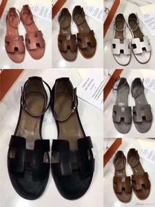2020 Eilyken gladiatore Hermes Jelly Sandals Open Toe piatto donne trasparenti di perspex Pantofole Thick Heel dimensioni Chiaro Sandalias 35-40