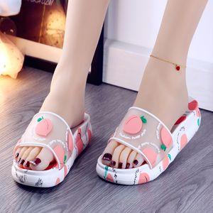 신발 여성 2020 여자의 슬리퍼 낮은 셰일 여자 비치 럭셔리 슬라이드 새로운 플랫 사 보트 여름 디자이너 PU 로마 패션 고무