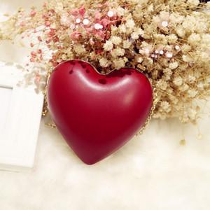 Bag 2019 new mini dinner dress handbag love chain Red Internet celebrity shoulder Women's bag heart