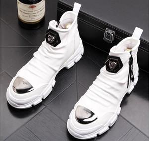 Pattini casuali degli uomini britannici di stile di modo casuale degli uomini Primavera Autunno Top Fashion Sneakers Hip-hop stile alto Tinta unita Uomo Scarpe W161