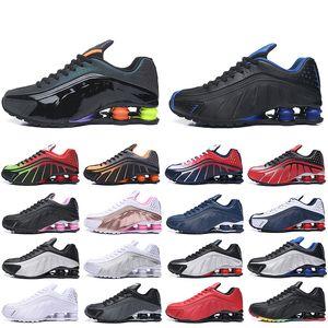 Nike Air Shox R4 Max حذاء جديد وصول الولايات المتحدة الأمريكية تحدي الأحمر R4 قصر Chaussures معدني الذهب والفضة تشغيل الثلاثي أسود أبيض كاني رجل المدربين zapatos أحذية رياضية