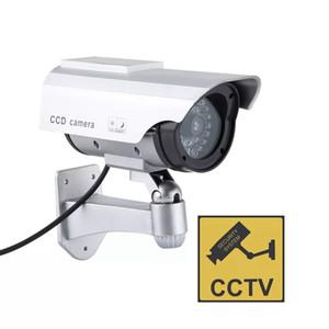 Maniquí falso cámara de vigilancia de vídeo de seguridad simulada LED de la falsificación de la cámara generador de señal de circuito cerrado de televisión al aire libre cámara de seguridad Inicio Suministros EWE836