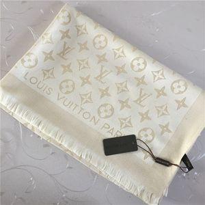 Fábrica de la bufanda al por mayor de las ventas profesionales bufanda tamaño de alta calidad de hilo de oro brillante hilo teñido chal de lana 180 * 70cm