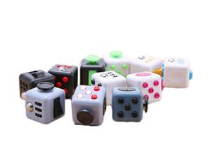 Fidget Cube Jouets Stress Relief squeeze Fun Décompression anxiété Jouets Ennui Attention Cube magique Jouets Fidget occupé cadeau