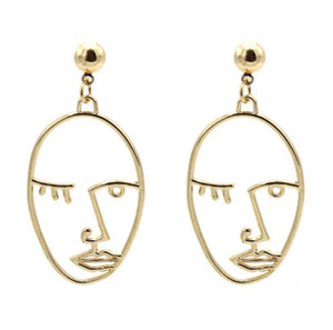 2019 New European and American jewelry retro simple personality exaggerated earrings alloy plating hollow face earrings wholesale