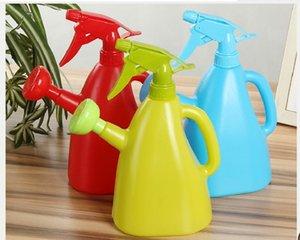 2020 Mão doméstico pressão garrafa jardinagem spray de plástico grande jardim regador pulverizador Rega Equipamentos Garden Supplies 600ML 02