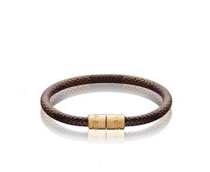 Keep It Bracelet M6608F Fashion Accessories Keychains BAG HOLDER TAPAGE CHARM KEY HOLDERS