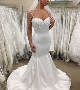 Romantic Mermaid Wedding Dresses Spaghetti Straps Elegant Appliques Low Back White Satin Bride Dress Custom Made