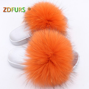 ZDFURS *2020 Luxury Genuine Fur Flat Shoes Women Fashion Fur Sandal Shoes Handmade Female Slides Indoor Outdoor Slippers