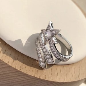 Alyans Lüks Çekim Yıldız Modelleme Açık Yüzük Kadınlar için Glistering Muhteşem Tam Matkap Rhinestone Metal Takı
