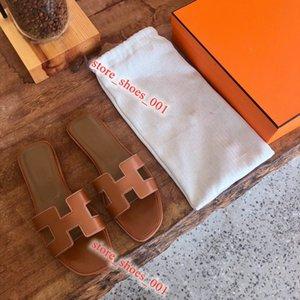 Hermes sandals 2020. Leadcat Fenty Rihanna sapatos femininos homem indoor chinelos Sandálias Meninas da Moda Scuffs Grey Fur Slides de Alta Qualidade 2020 Hococal