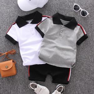 2020 neue Sommer-Baby-Jungen-Kleidung für Jungen mit kurzen Ärmeln Trikots aus 100% Baumwolle T-Shirt + Jeans 2Pcs Outfits Kinderkleidung Set