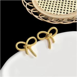 Punk Butterfly Ear Cuffs Gothic Crystal Silver Gold Tone Rhinestone Ear Bone Clips Gothic Earrings Womens Fashion Jewelry Free Shipping