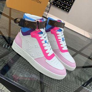 BOOMBOX sapatilha sapatos de inicialização Designer de Luxo Mulheres Casual Shoes chegam novas qualidade superior de couro Moda Mulheres Sneakers tênis sapatos C03
