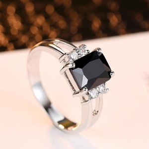Luxury Ladies Engagement Ring Transparent Color Gold Black Zircon Ring Jewelry Charm Jewelry Party Ladies Gifts