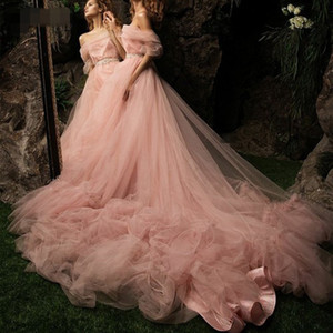 Fairy Tulle Long Evening Dresses strapless Dusty Pink Boat Neck Off the Shoulder Prom Dress Chic Ruffles Court Train Party Gown Gala Wear