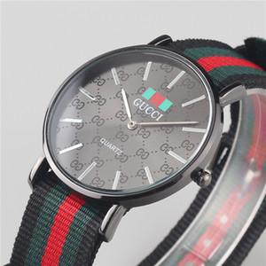 Человек Красочные Нейлоновый ремень Мода черный циферблат Мужчины Женщины Горячие Часы Роскошные Кварцевые Подарочные часы Мужской часы Lady Relogio MONTRE с коробками