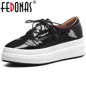 Fedonas Süße Comfort Schuhe Frühling Sommer Vier Seson runde Zehe-Plattform-Frauen Flats Blingbling Lackleder Schuh-Frauen