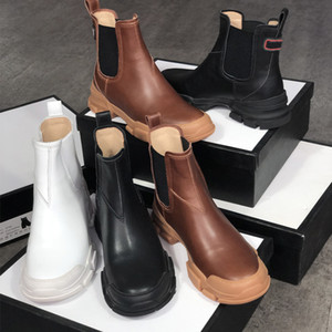 Homens Leon botas de couro Designers ankle boots mulheres Martin chelse borracha botas de sola inserções elásticas deslizamento em sapatas botas de inverno com caixa