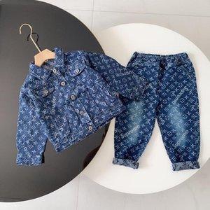 A02 nova primavera outono Bebés Meninos Jeans babador do bebê Meninas Crianças Macacões