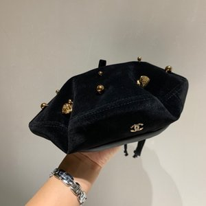 2020 free shipping new autumn and winter all-match fashion women's beret